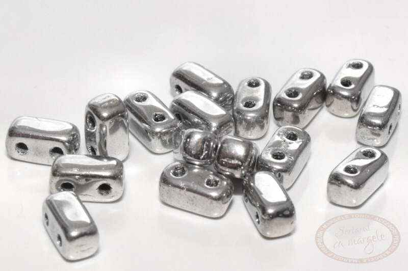 Margele Brick Silver