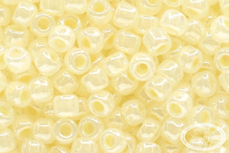 Margele TOHO 11 Ceylon Banana Cream