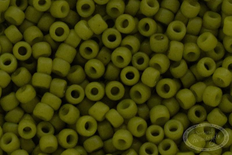 Margele TOHO 15 Semi Glazed Olive 1