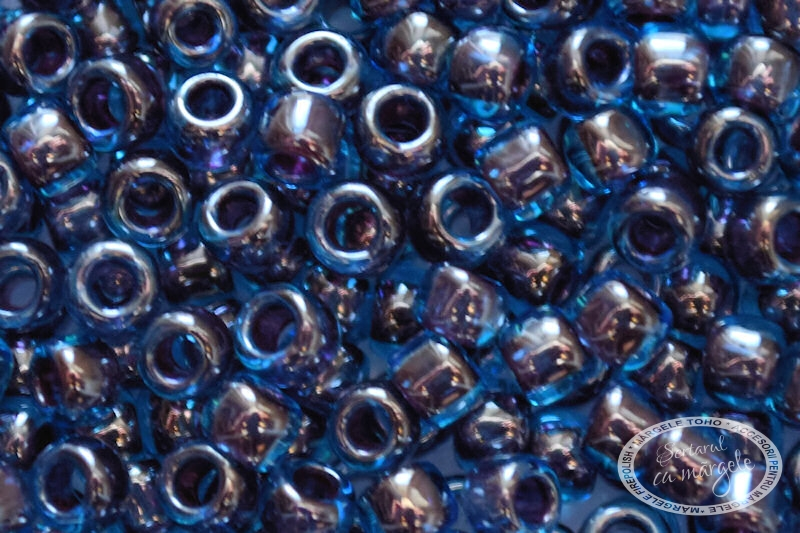 Margele TOHO 8 Inside Color Blue Raspberry