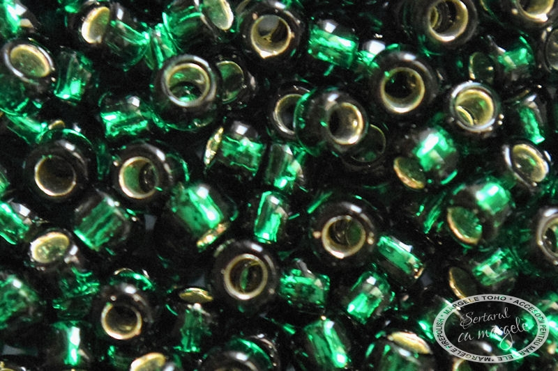 Margele TOHO 8 Silver Lined Green Emerald