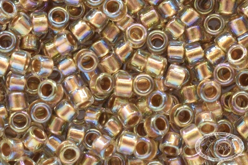 TOHO Treasure 11 Gold Lined Rainbow Crystal